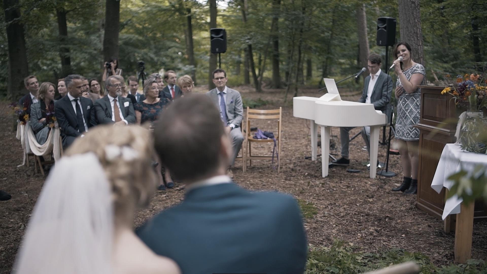 Wat kost een zangeres of zanger op je bruiloft